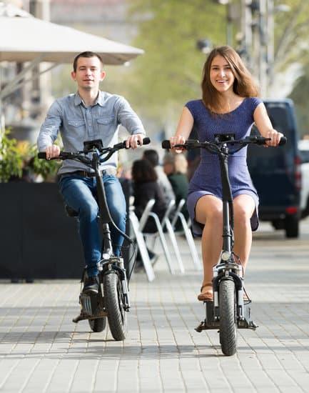 """Vandaag: De Dag van elektrische Fiets; inkoppertje kom gewoon op de elektrische fiets naar Lokaal Op Hatsum vanuit je werk. Je kunt heel gemakkelijk met de trein terug.😉    Menu """"Du Chef"""" is een verrassingsmenu. Wat… Bekijken"""